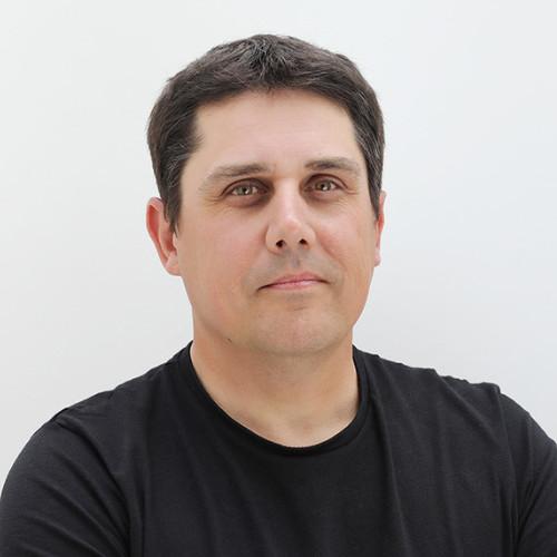 MAX FUMAGALLI, SENIOR UX/UI DESIGNER